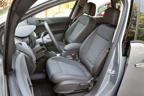 сиденье для водителя